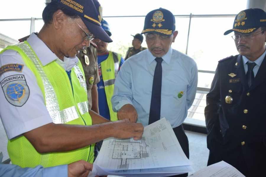 Wawali Ahmad Syaikhu Kunjungi Sarana Transportasi Warga