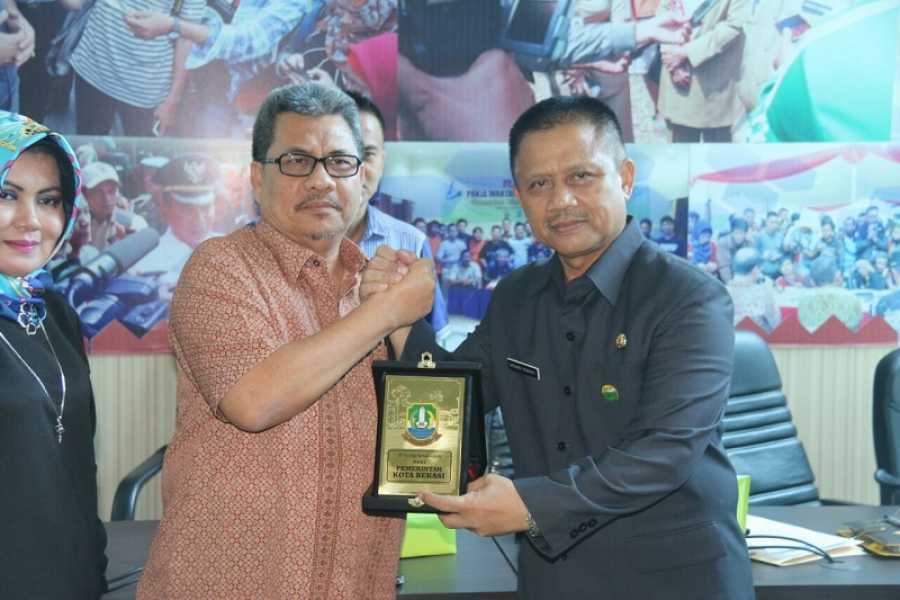 DPRD kabupaten Solok Selatan Konsultasi PAD dan CSR di Kota Bekasi